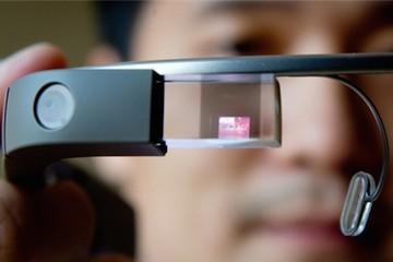 Google Glass bắt đầu được bán với giá 1.500 USD