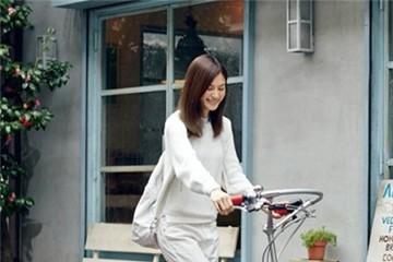 Xe đạp tập chạy bộ - sáng tạo hài hước