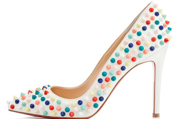 BST giày và túi của Christian Louboutin: Trẻ trung và cá tính