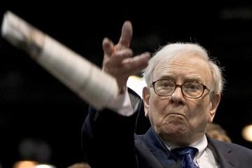 Warren Buffett sẽ làm gì nếu ông trở lại tuổi 23?