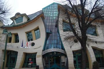 Những ngôi nhà có kiến trúc kỳ dị nhất thế giới