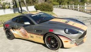 Xe Aston Martin có chữ ký của Michael Jordan được rao bán giá 1,25 triệu USD