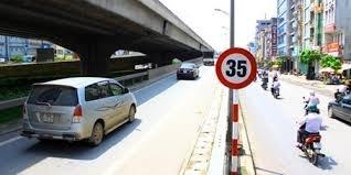 Hà Nội đề xuất giữ biển báo hạn chế tốc độ 35km/h
