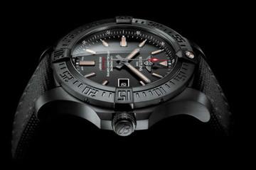 Avenger Blackbird - đồng hồ siêu sang mới của Breitling