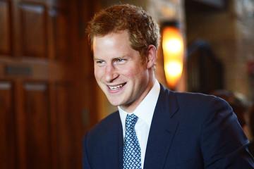 Để nhận tiền thừa kế, hoàng từ Anh phải trả 4 triệu bảng tiền thuế