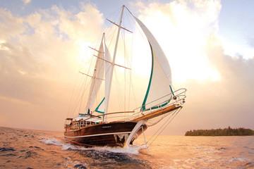 Những chiếc thuyền buồm đắt giá nhất thế giới