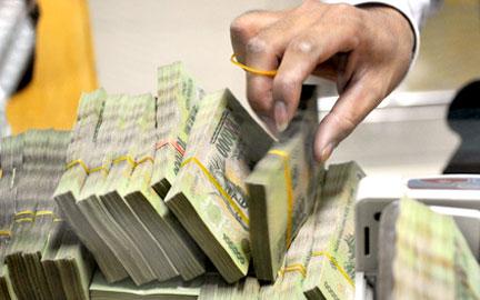 Tuần 23-27/6: Lãi suất liên ngân hàng VND tăng ở hầu hết các kỳ hạn