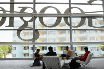 """Vì sao Google ngừng phỏng vấn những câu """"hại não""""?"""