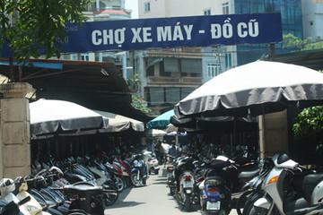Tiểu thương không muốn chuyển chợ xe máy Dịch Vọng