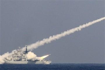 Trung Quốc đang tập trận bắn đạn thật ngay sát Việt Nam