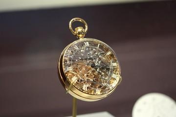 Những chiếc đồng hồ bỏ túi đắt nhất hành tinh