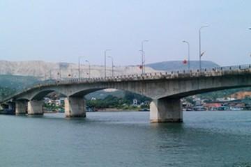 Thực hiện Dự án cầu Việt Trì - Ba Vì theo hình thức BOT