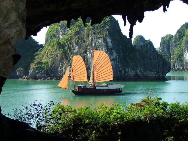 """Tiềm năng của du lịch Việt Nam không phải là """"sex, shopping..."""""""