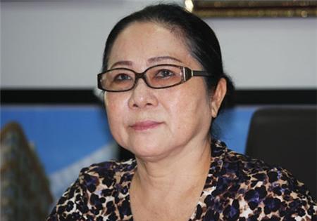 Bà Bạch Diệp: Người ta đồn tôi nợ hàng tỷ đôla