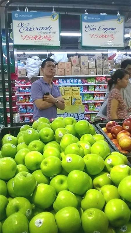 Vì sao táo Mỹ tại Hà Nội rẻ như táo Tàu?