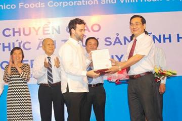 VHC: chuyển nhượng 70% cổ phần CTCP Thức ăn thủy sản Vĩnh Hoàn 1
