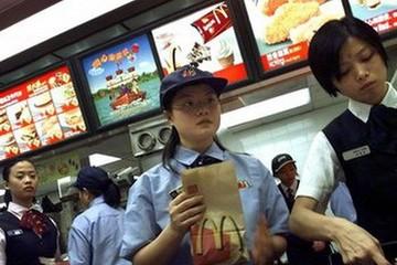 McDonald's lo ngại kinh doanh ảm đạm sau bê bối thịt bẩn