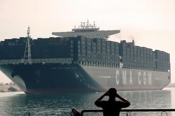 Ai Cập lên kế hoạch đào một tuyến kênh mới dọc theo Suez