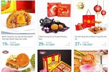Rằm chưa tới, bánh Trung thu 'xịn' giảm giá 50-80%