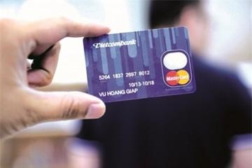 Thẻ tín dụng đi vào nhu cầu thực
