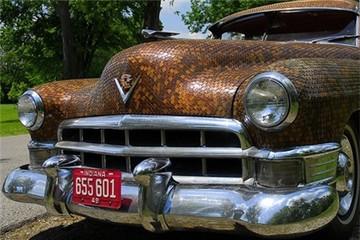 Xế cổ Cadillac gắn toàn tiền xu
