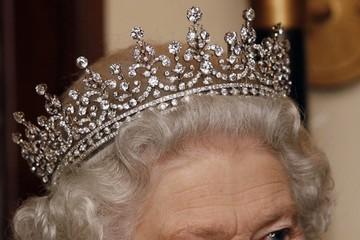 Những món quà đắt giá nhất Nữ hoàng Anh từng được nhận