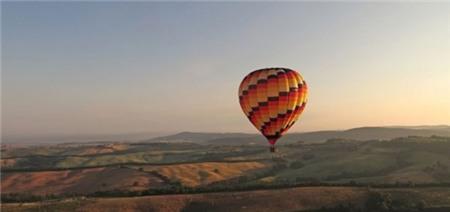 5 điểm du lịch bằng khinh khí cầu hấp dẫn nhất hành tinh