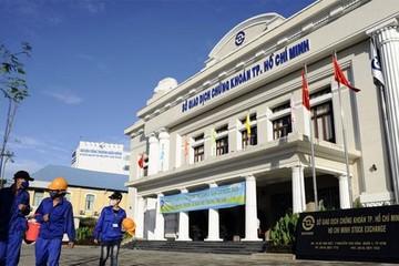 Bloomberg: Chứng khoán Việt tăng mạnh nhưng chưa thúc đẩy được cổ phần hóa