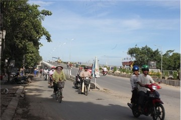 Nghệ An: Cầu vượt đường sắt QL46 hoàn thành trước thời hạn 6 tháng