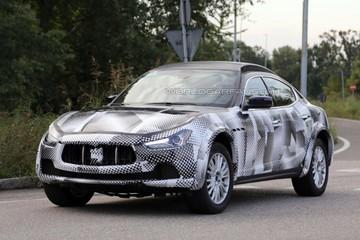 Xe sang Maserati Levante 2016 lần đầu lộ diện trên đường thử