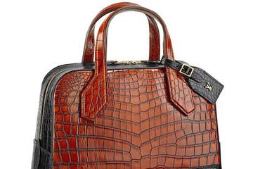 """""""Ngả mũ"""" với túi da cá sấu 54.500 USD của Louis Vuitton"""