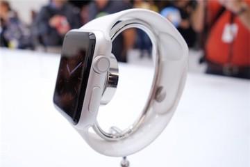 Apple Watch có thời lượng pin khoảng một ngày