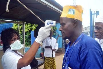 Mỹ cảnh báo dịch bệnh Ebola là nguy cơ đe dọa toàn cầu