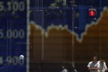 Chứng khoán toàn cầu tăng do dự đoán Fed giữ nguyên quan điểm về lãi suất