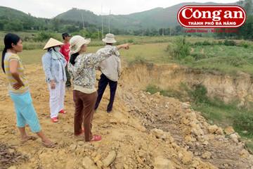 Chính quyền xã để mặc doanh nghiệp tự ý khai thác đất ruộng?