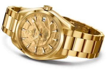 Siêu sang với đồng hồ bọc vàng của Omega