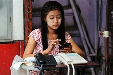 Cơn sốt điện thoại di động ở Myanmar