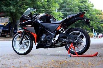 Honda CBR 250R phối màu cam, đen của biker Hà Nội
