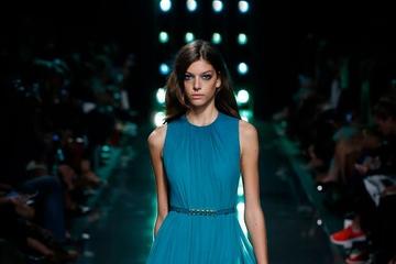 Cùng chiêm ngưỡng bộ sưu tập Xuân Hè 2015 quyến rũ của Elie Saab