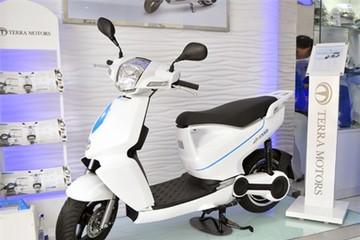 Xe máy điện đắt hơn Honda SH 'quay lưng' với iPhone 6