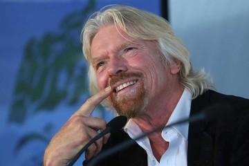Richard Branson khuyên các doanh nhân trẻ: Hãy mặc kệ và cứ làm tới đi!