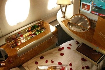 Hé lộ chiến lược kinh doanh của Emirates Airlines