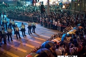 Người biểu tình thách thức lệnh của tòa án cấp cao Hong Kong