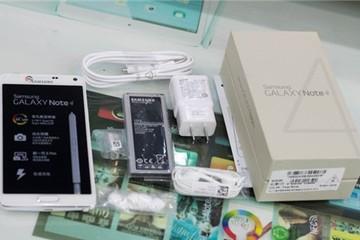 Mở hộp Galaxy Note 4 bản 2 SIM giá 20 triệu đồng