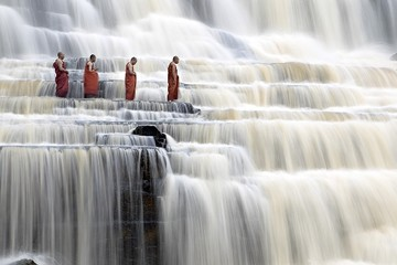 Vẻ đẹp của 'thác nước đẹp nhất Đông Dương' tại Việt Nam