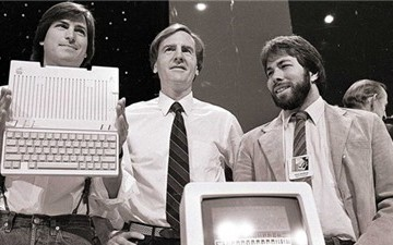 Chuyện về người đánh bại huyền thoại Steve Jobs tại Apple