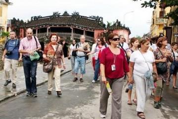 Trung Quốc vẫn là nước có khách du lịch đến Việt Nam nhiều nhất