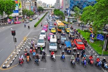 Thi bằng lái Thái Lan khó như đại học ở Việt Nam