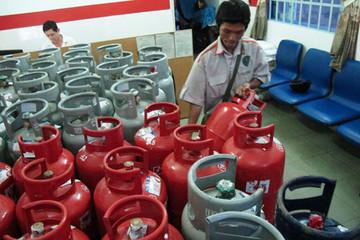 Giá gas tại TP HCM giảm 40.000 đồng một bình 12kg