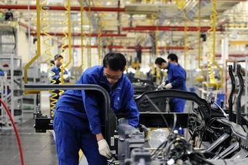 PMI sản xuất của Trung Quốc xuống thấp nhất 5 năm